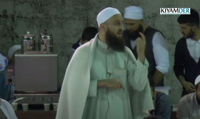 İslam Cemaatinin İçinde Olmak Ne Demektir